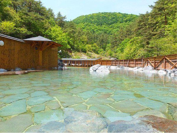 El onsen más grande de Kusatsu