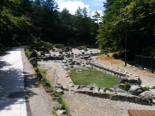 Alrededores Kusatsu Onsen, onsens gratuitos para mojar los pies